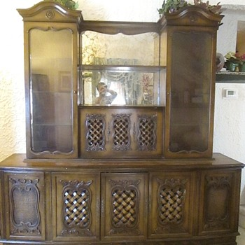 Large Gifted 2 Piece Cabinet