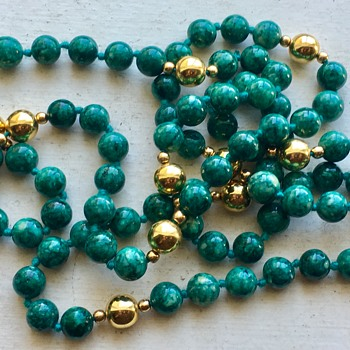 Green Jade?  Beaded Necklace  - Fine Jewelry