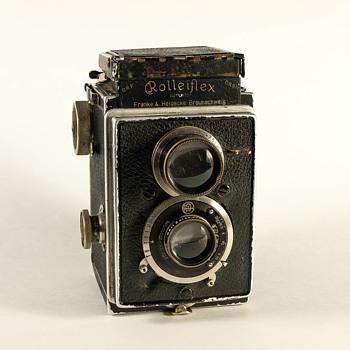 Rolleiflex Original Model 2 - Cameras