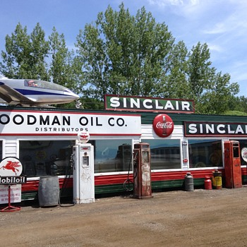 Another Sinclair Sign - Petroliana