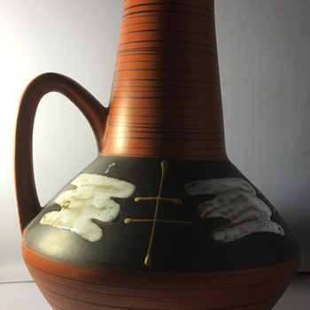 Large vintage jug  - Pottery