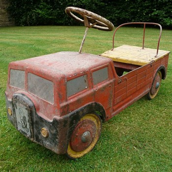 1950s Mobo Haulage Lorry Pedal Car - Model Cars