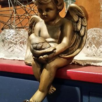 Sitting Shelf Cherub Angel - Christmas