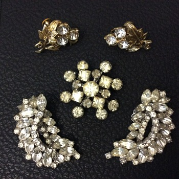 Rhinestone jewelry - Costume Jewelry