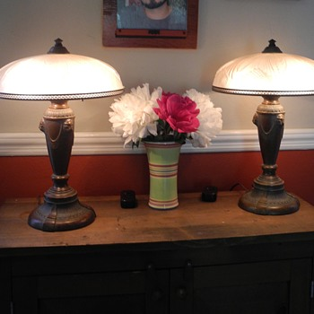 Can you tell me the time period of these two Quoizel table lamps? - Lamps