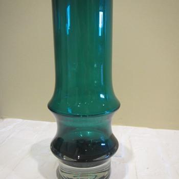 Aladin Vase? - Art Glass
