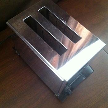McGraw Edison toaster. - Kitchen