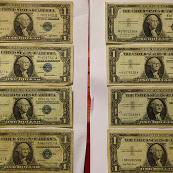 1935E, 1935B & 1957 one dollar bills - US Paper Money