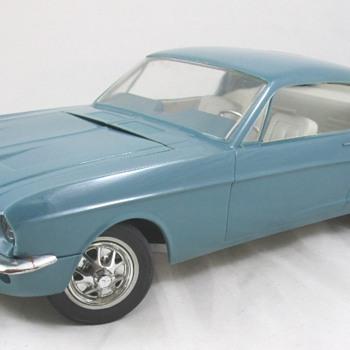 1967 Mustang 2+2 - Model Cars