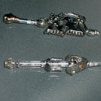 Clear Plastic Weapons or Accesories - Vintage action figure ? - Toys
