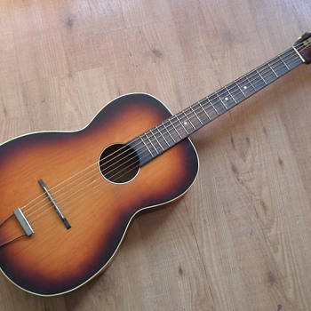 HELP! What guitar is this? (brand, model, wood)