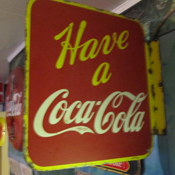Canadian Coca Cola Flange - Coca-Cola