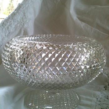 Need ID help please. - Glassware
