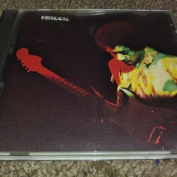 COMPACT DISC....#3 - Music Memorabilia