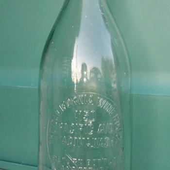Great Wine Bottle!! - Bottles