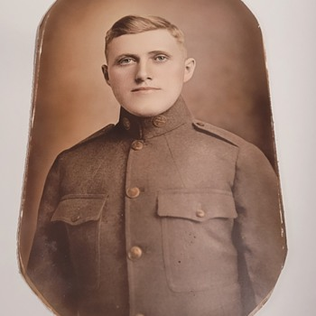 WWI Framed Soldier Picture - Military and Wartime