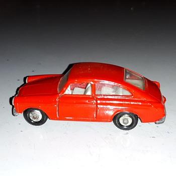 Monotonous Magnanimous Monogamous Matchbox Monday MB-67 Volkswagen 1600 TL 1968-1969 - Model Cars