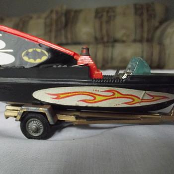 BAT BOAT - Model Cars