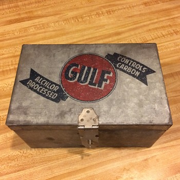 Gulf Oil box - Petroliana