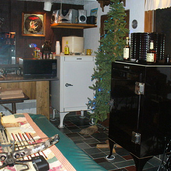 MONITOR TOP REFRIGERATORS - Kitchen