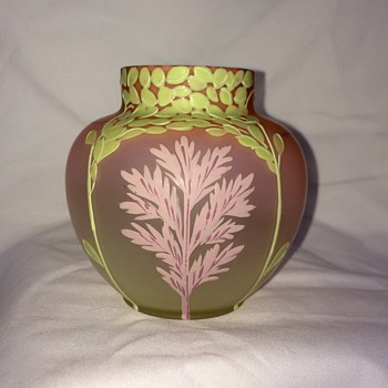 Bohemian Czech Pink Satin Enamelled Julius Mühlhaus Vase, Rare Label - Art Glass