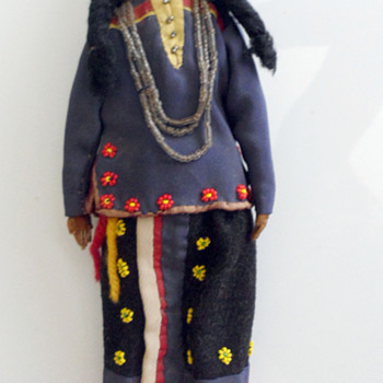 Sioux Indian Dolls - South Dakota - Circa 1890