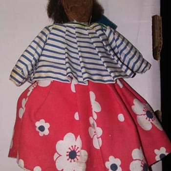 Unknown Wooden doll...Help identify - Dolls