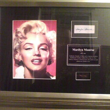 Celebrity - Lock of Marilyn Monroe's Hair - Movies