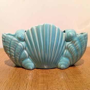ALBAWARE  - A22 - SHELLS  - Pottery