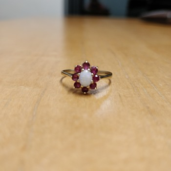 Opal and Ruby ring - Fine Jewelry