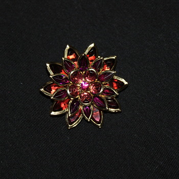 Little Avon Brooch - Costume Jewelry