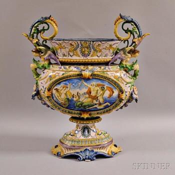 Majolica urn - Pottery
