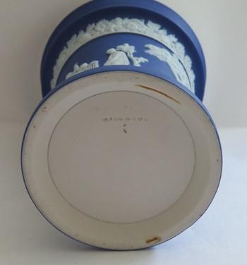 Wedgwood jasperware markings dating chris evans dating list