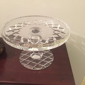 Unknown maker cake stand - Glassware