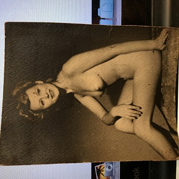 Antique naked picture of a woman looks like Peggy lee  - Photographs