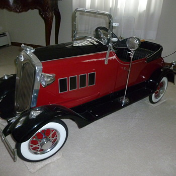 "Gary Kosiba's 1932 American National Lincoln ""Zephyr"" - Toys"