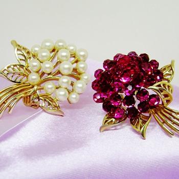 Crown Trifari Briolette and Pearl Brooch - Costume Jewelry