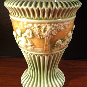 Roseville Donatello Vase - Pottery