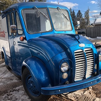 1962 DIVCO Hamm's Beer Refrigerated Delivery Truck... - Breweriana