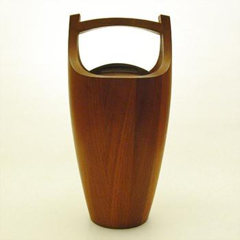 Teak Ice bucket, (Jens H Quistgaard for Dansk Designs, 1955) - Mid-Century Modern