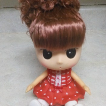 BIG EYED DOLLY BOBBLE HEAD BANK - Dolls