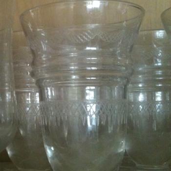 Etched, bellshaped (juice?) glassses - Glassware
