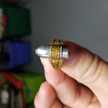 Unknown ring - Costume Jewelry