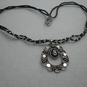 Pre Civil War Jewelry or Victorian ca 1894?