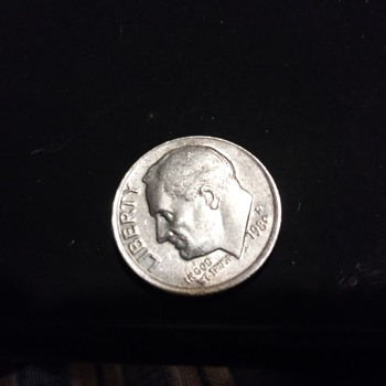1980 SOMETHING DIME ERROR - US Coins