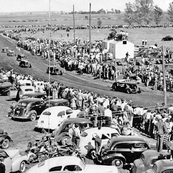 early racetrack photo - Classic Cars