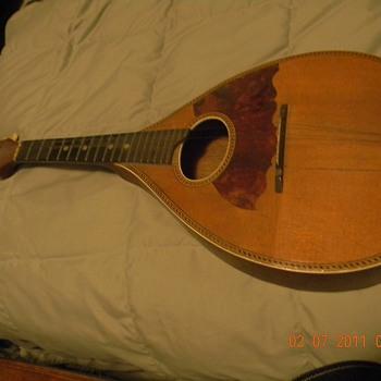 Grandfathers Mandolin - Guitars