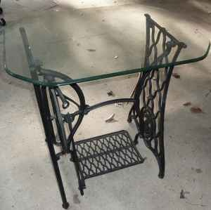 Antique Singer Sewing Machine Table With Glass Top Dated 1884 | Collectors  Weekly