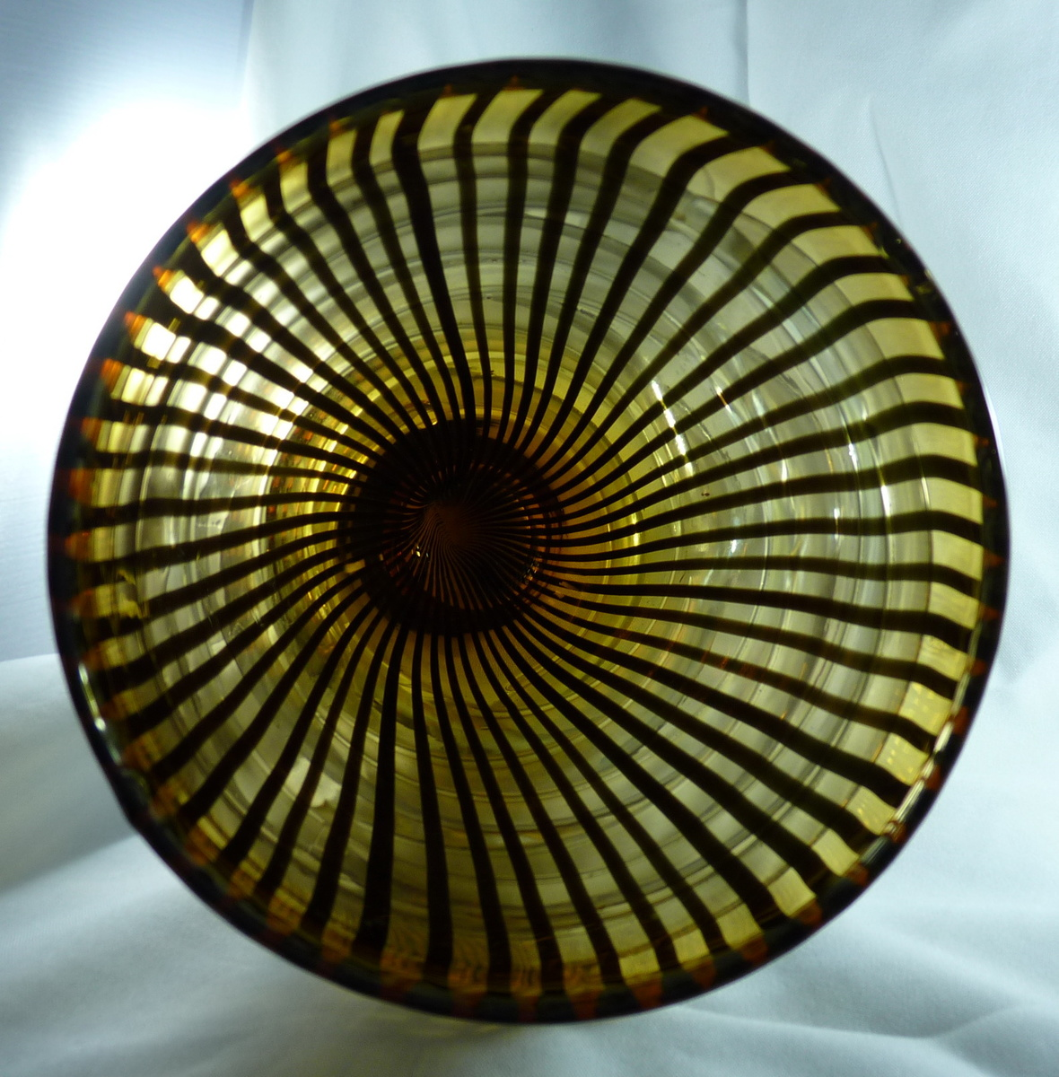 FAKE CHINESE MURANO STRIPED AND RINGS VASE
