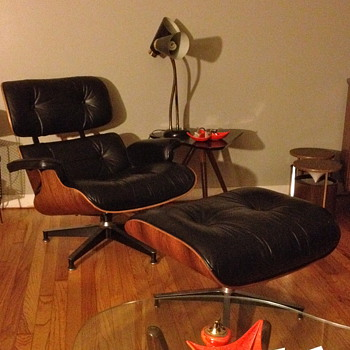 Eames Lounge Chair - Mid-Century Modern
